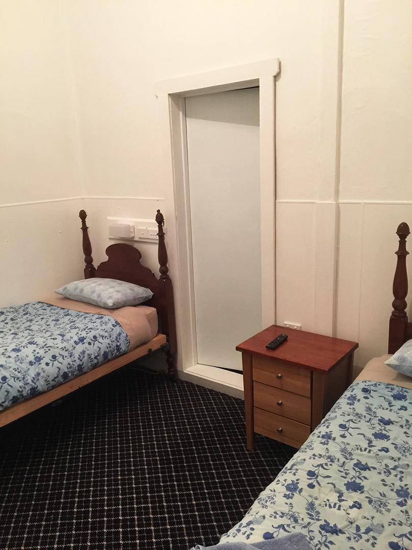 Room 6 - Twin Ensuite